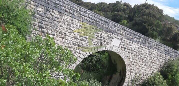 Projektmanagement Brücke